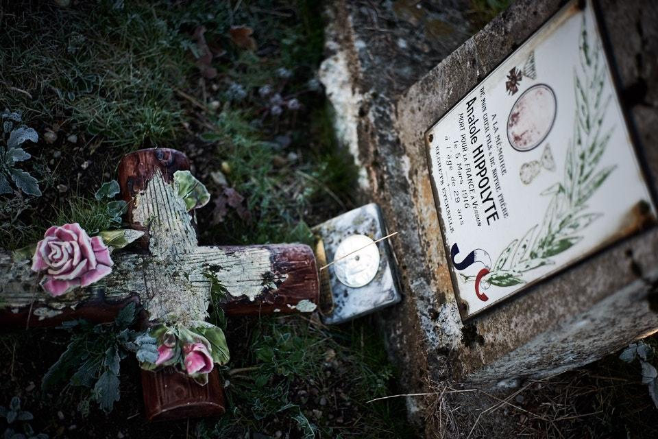 Mineur de fonds à St Bressou, il effectue son service au 2° zouave et participe à la campagne d'Algérie entre 1908 et 1910. Mobilisé au 14° RI le 3 août 1914, il est caporal le 10 février 1915 puis sergent le 14 février 1916, il est tué au bois de Cumières le 7 mars. Croix de guerre, étoile de bronze.