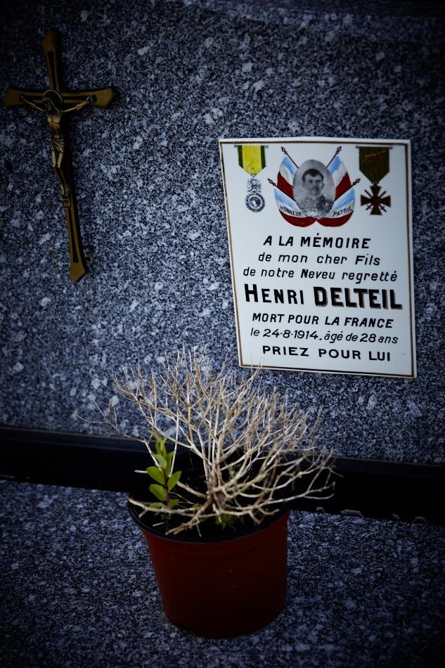 Pendant son service militaire, Henri Delteil est clairon, il disparait sur le champs de bataille le 24 août 1914, son décès est prononcé en 1920