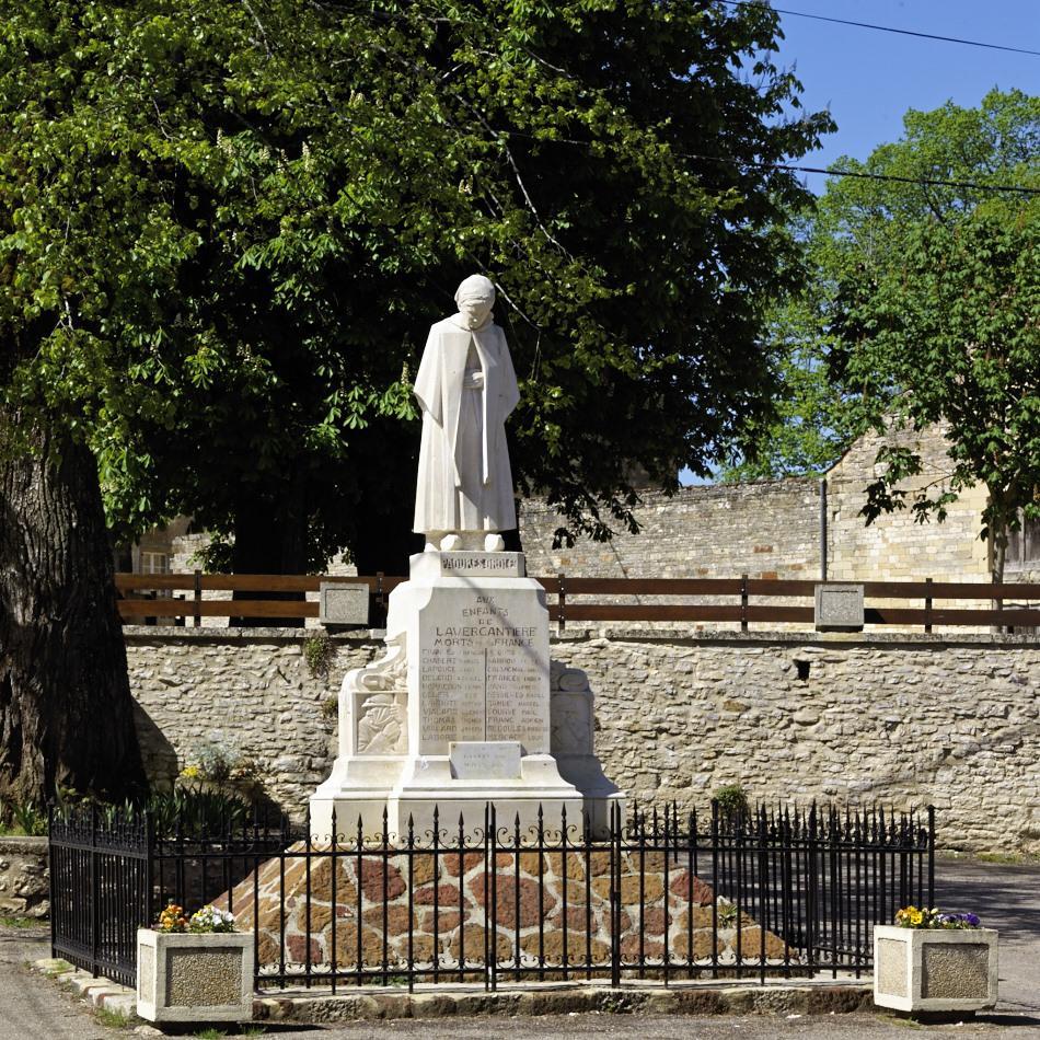 Lavercantière, le seul monument au mort en occitan connu