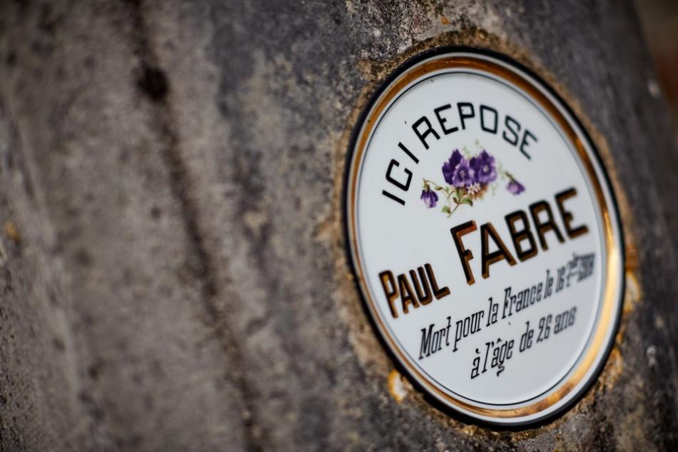 Gramat, Paul est employé de commerce, il est sous les drapeaux en août 14, il est blessé à la tête le 5 septembre et subit une trépanation. Après un an de convalescence, il est maintenu comme infirmier. Il meurt de la grippe espagnole en septembre 1918.