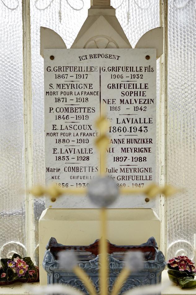"""Gourdon, Meyrigne, garçon de café mobilisé à 43 ans en mars 1915, caporal clairon réformé en juillet 1917 pour """"Epilepsie d'origine constitutionnelle aggravée par 22 mois aux armées"""", décédé à Gourdon le 23 janvier 18."""