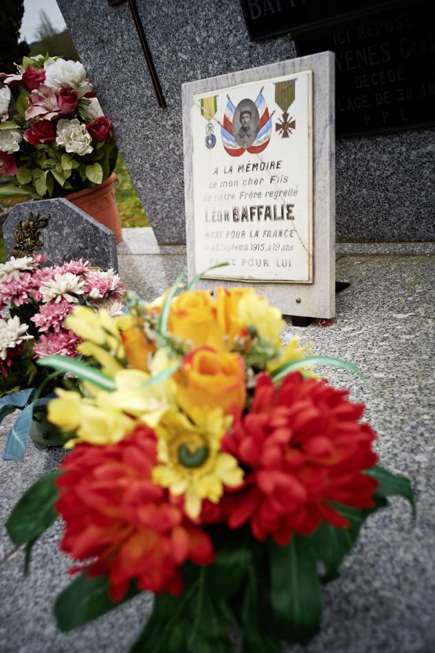 Saint-Pantaléon, cet agriculteur est mobilisé en 1915, il fait ses classes dans le Puy de Dôme, il y tombe malade et meurt en Septembre 1915 avant de partir au front..